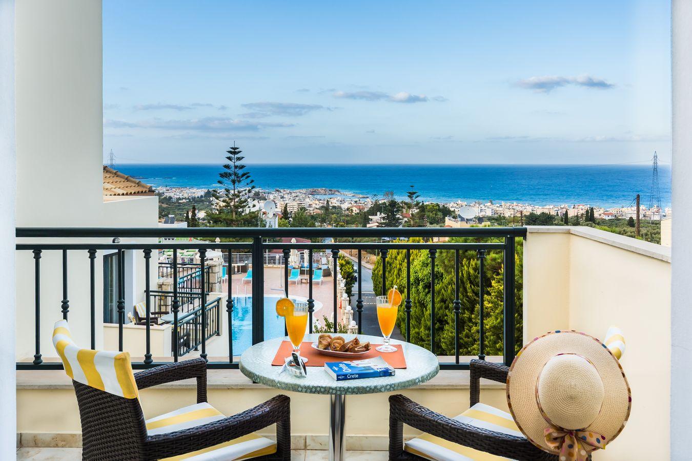 Pilot Suite Balcony - Pilots Villas Hersonissos Crete