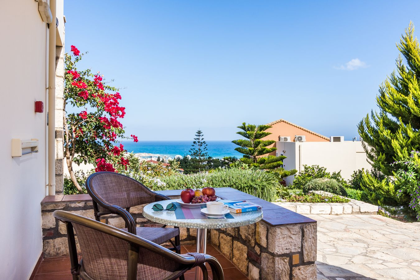 Deluxe suite Sea view Balcony - Pilots Villas Hersonissos Crete